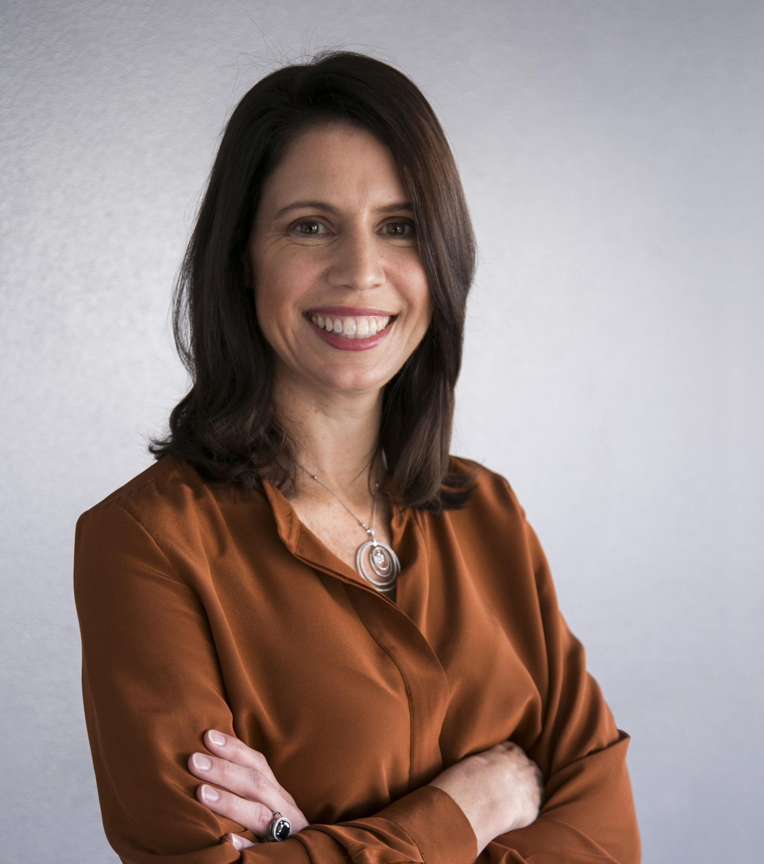 Allison McKelvie Headshot